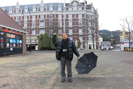 前川 清 長崎 は 今日 も 雨 だっ た