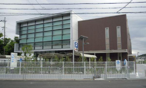 高槻のええとこブログ:服部図書...
